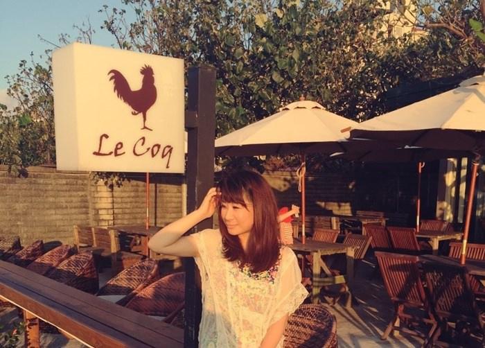 《美食*新北三芝區》公雞咖啡。三芝淺水灣海景特色咖啡廳,有店狗店貓