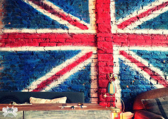 《美食*台北信義區》姐紋。英倫工業風餐酒館,姊妹淘的私密包廂。