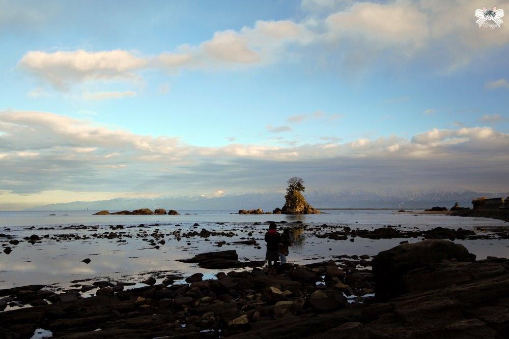 《日本北陸旅遊》高岡市 雨晴海岸|眺望富山灣立山連峰