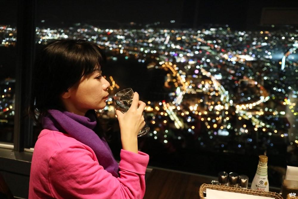 《北海道函館景點》函館山纜車 二樓Genova夜景餐廳|不用受冷也能欣賞百萬夜景