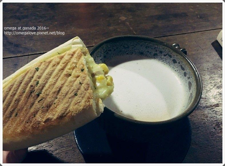 《美食*台北中正區》卡那達카페 가나다。忠孝新生站韓系咖啡館