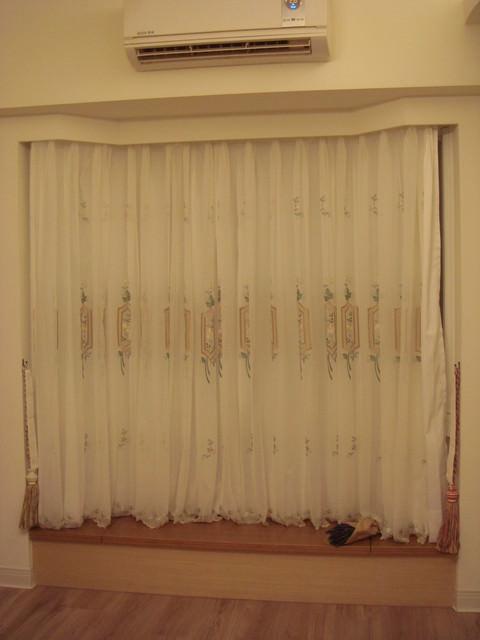 【公主殿】施工進度~客廳的素雅窗簾